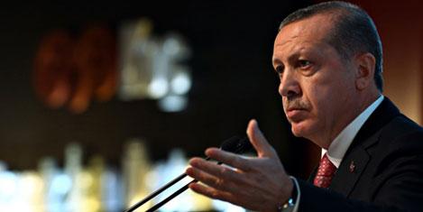 The Guardian: Erdoğan paranoyak bir otokrat