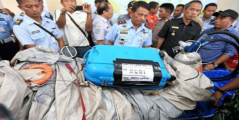 Air Asia uçağı nasıl düştü?