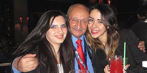Halil Tuncer'in Girne geceleri keyfi
