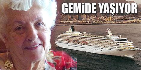 Gemiden Kapalıçarşı için iniyor