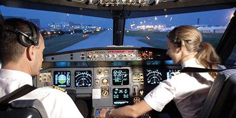 Yolcu kadın pilota güvenmiyor
