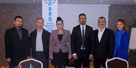 Anavarza Özel Ödülü Bakan'a