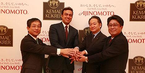 Kemal Kükrer Japon'la büyüyor