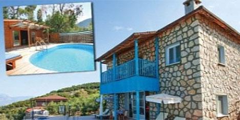 Turistler villalarını kiralıyorlar