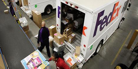 Fedex, TNT Express'i alıyor
