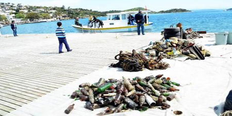 Bodrum, sosyete plajının kirliliği
