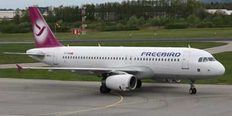 Freebird  Airbus A320 aldı