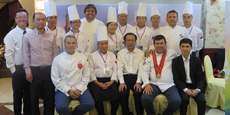 Çinli aşçılardan yemek gösterisi