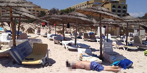 Tunus'ta turistik otellere saldırı