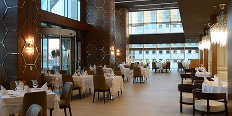 Wyndham Grand'da Arap yemekleri
