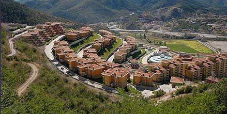 Bank Asya'nın tatil köyü satıldı