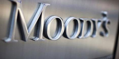 Moody's, Türkiyenin kredi notunu düşürdü