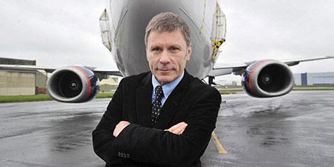 Iron Maiden'ın solisti havayolu aldı