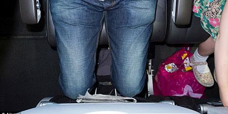 Boyunu bildir uçakta rahat uç
