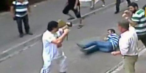 İrlandalı turist boksör esnafı dövdü