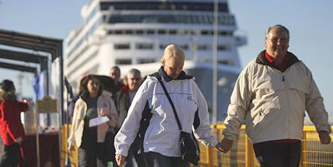 İngiliz yolcu gemisi Marmaris''te