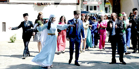 Tatar TV'si 'Millet', Türkiye'yi istiyor