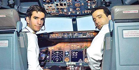 THY'de Alman pilotlar uçuşta