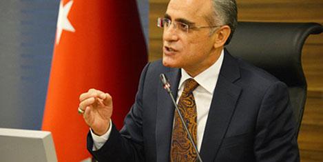 Topçu: Bağımsız bakanım