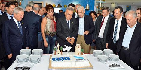 İzmir -Selanik uçak seferleri başladı