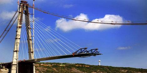 3. Köprünün lazerlerini çaldılar