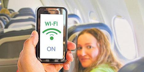 Uçak yolcuları internet istiyor