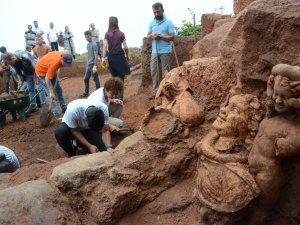 Bakanlığın arkeolojik kazı harcamaları 30.5 milyon lira