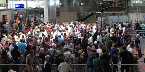14.8 milyon yolcu havalimanında