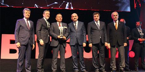 Plaza Turizm'e liderlik ödülü