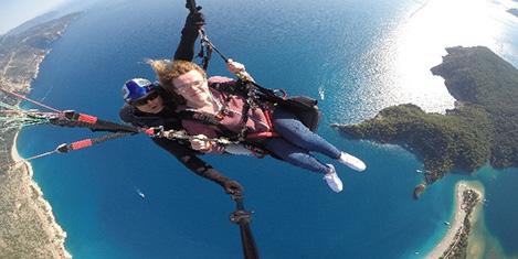 Yürüme engelli İngiliz turist uçtu
