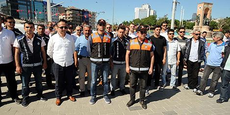 Taksim'de 'turizmi' denetimi