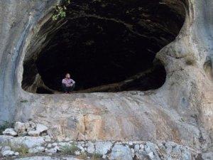 Köylülerin ihbarı ile1500 yıllık mağarasbulundu