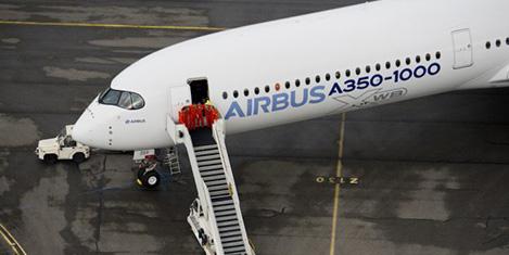 United ilk dört A350'yi erteledi