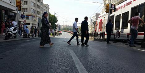 Ordu Caddesi'nde Pazar trafik yok