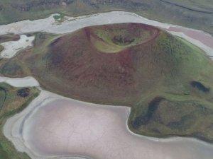 'Dünyanın nazar boncuğu' Meke Gölü için alarm zilleri çalıyor