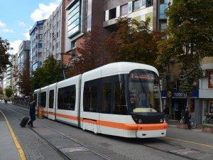 Mühendisler, 7.200 Euro'luk tramvay parçasını 6.000 TL'ye üretti