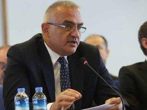 Bakan Ersoy: Seyahat acentelerine 943 milyon lira ödenek