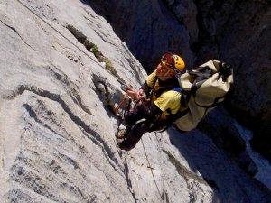 Duvar tırmanış rotası Dedegöl Dağı kurtuldu