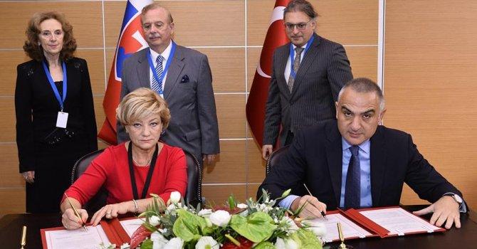 Türkiye İle Slovakya kültür alanında iş birliği yapacak