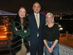 Kültür ve Turizm Bakanı Ersoy Elizabeth Banks'ı kabul etti