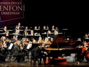 Türkiye'nin ilk başbakanıİsmet İnönü piyano konseriyle anıldı