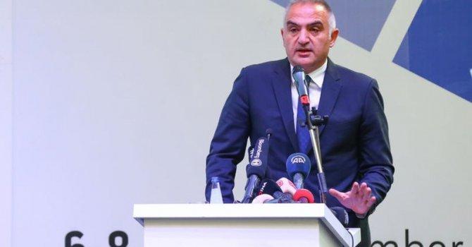Bakan Ersoy: Turizm projeksiyonları yeniden şekilleniyor
