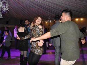 İranlı turistler yeni yıla Van'da doyasıya eğlenerek girdi