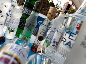 Alkollüye%13.4 vergi zammı, ithal tütüne sıfır gümrük