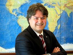 Murat Yumak, yeni projeler için görevinden ayrıldı