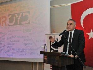 Bakan Ersoy: TGF kurulunda TUROYD'da yer alacak