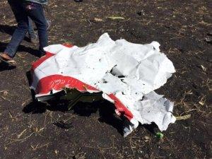 157 kişiye mezar olan uçağın çakıldığı yerdeilk görüntü geldi