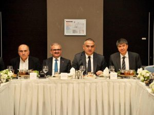Ersoy: Türkiye turizmde umduğunu bulacak gibi gözüküyor