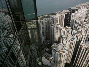 Hong Kong, arsa kalmayınca yapay ada inşa edecek