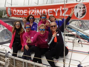 3 kadın barış içinBodrum'dan Samsun'a yelken açıyor
